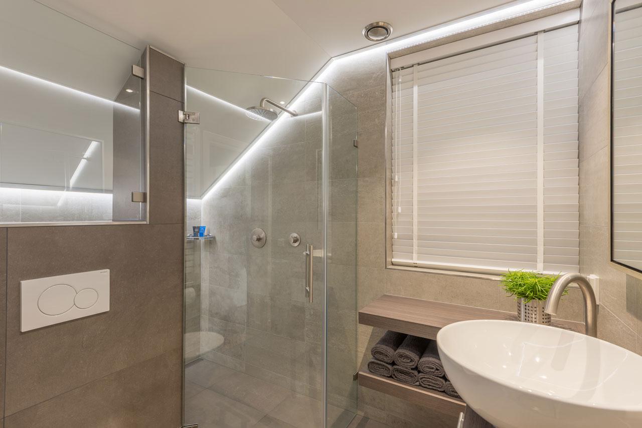 Badezimmer einrichten: Inspirationen für Interieur, Decke und Design